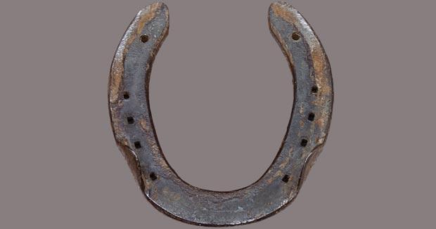 نعل Used_horseshoe